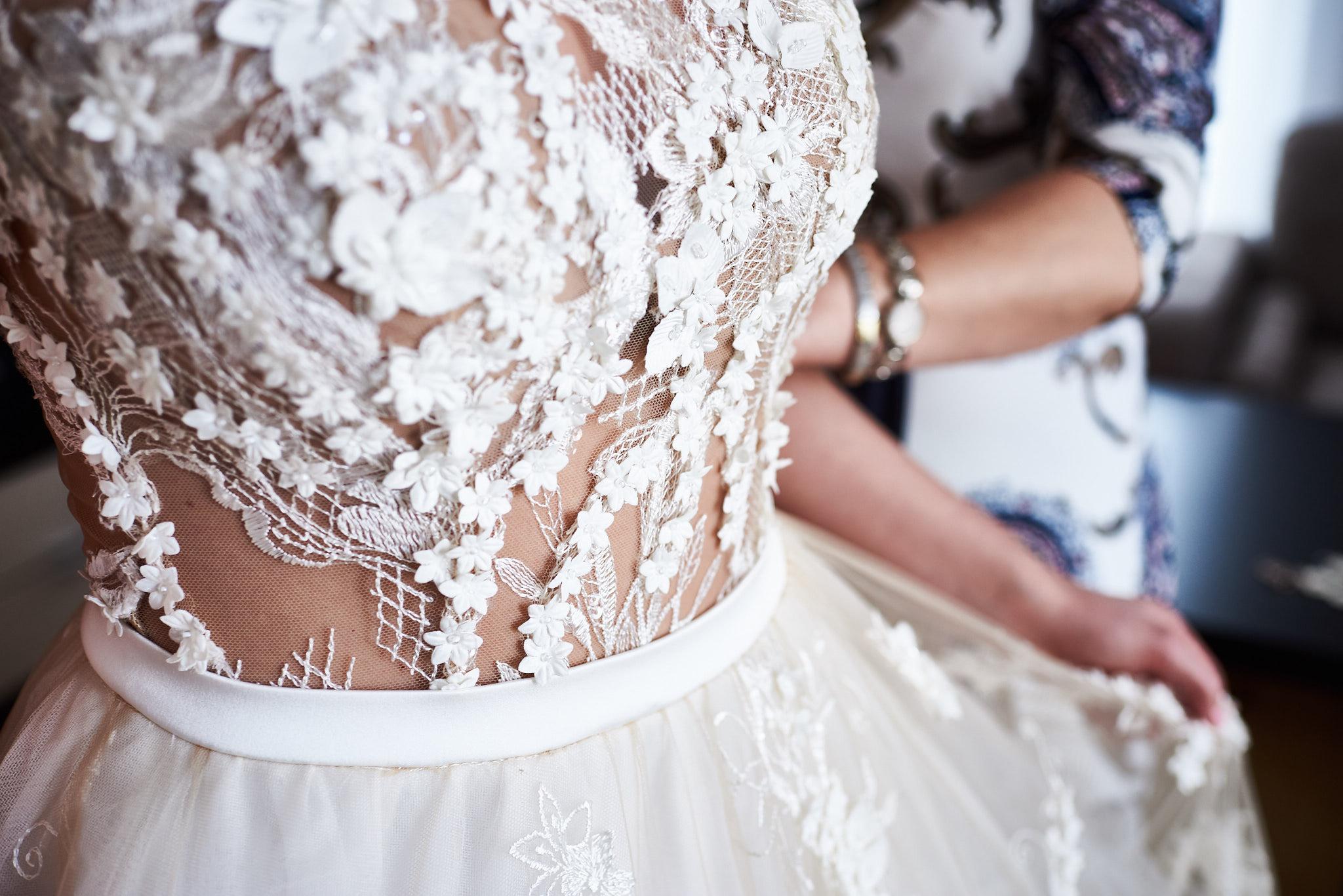 Vestuviu-suknele vestuviu fotografas